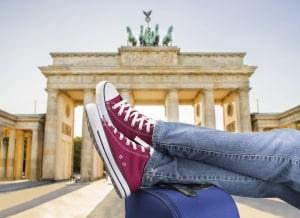 Schoenen op een koffer in Berlijn