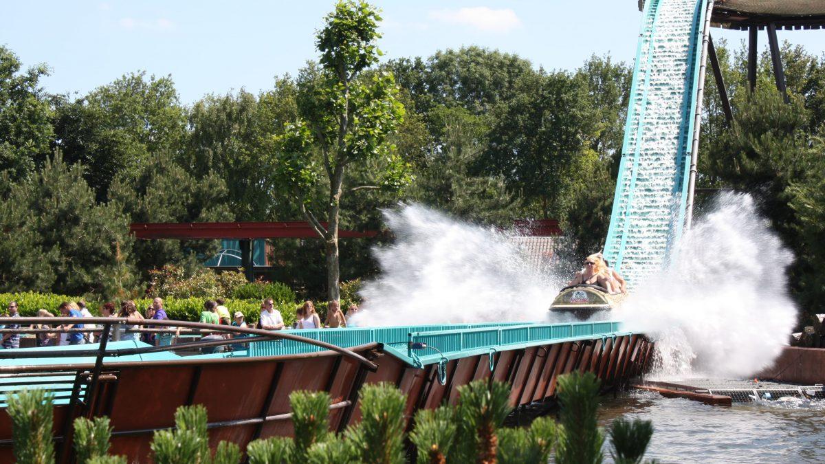 Boomstam in het attractiepark Slagharen