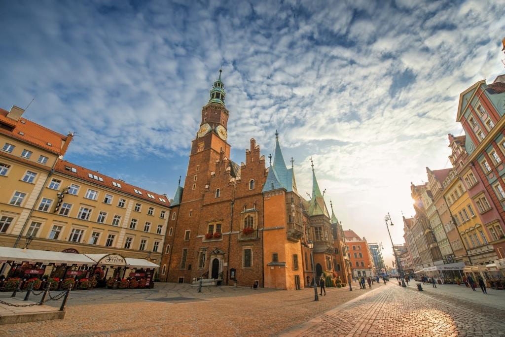 Raadhuis op het middeleeuwse marktplein in Wroclaw, Polen
