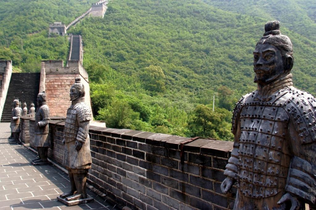Terracotta soldaten op de Chinese Muur in China