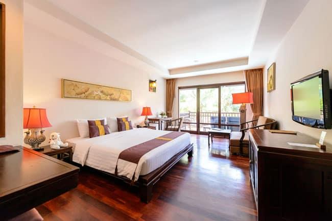 Deluxe kamer van Khao Lak Oriental Resort in Khao Lak, Thailand