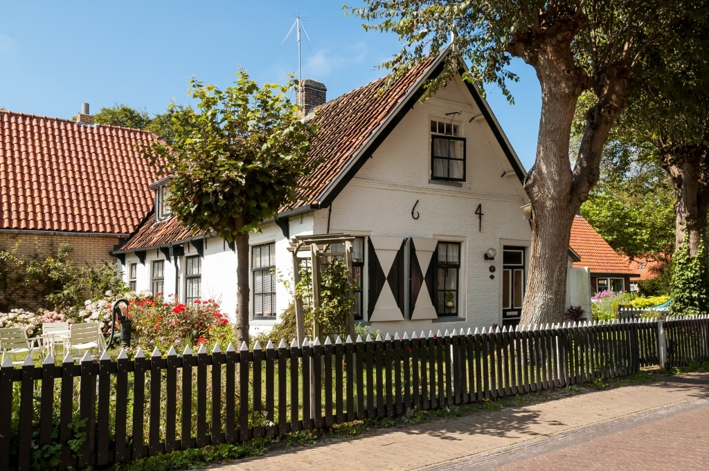 Oud huis in Hollum, Ameland