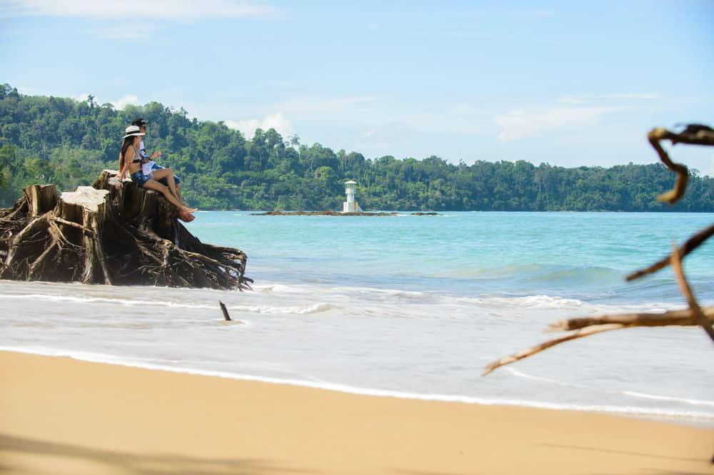 Strand bij Khao Lak Oriental Resort in Khao Lak, Thailand