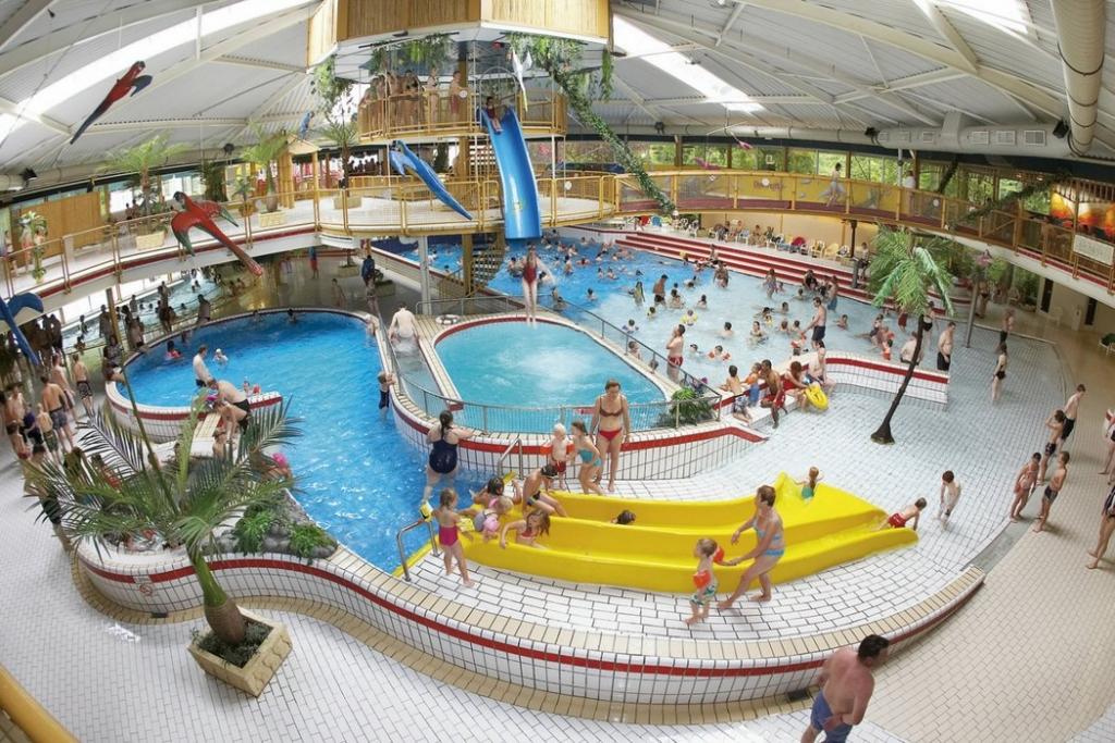 Zwembad van Tikibad in Duinrell, Wassenaar