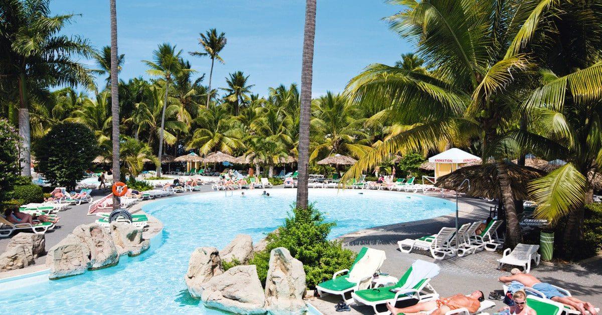 Zwembad van ClubHotel Riu Bachata in La Playa de Maimón, Puerto Plata, Dominicaanse Republiek