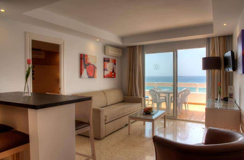Appartement in Puerto Azul, Marbella, Spanje