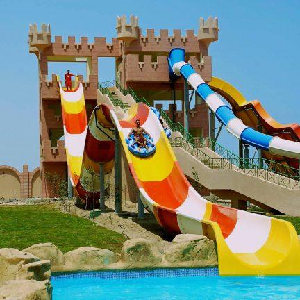 Glijbaan van Akassia Swiss Resort in Marsa Alam, Egypte