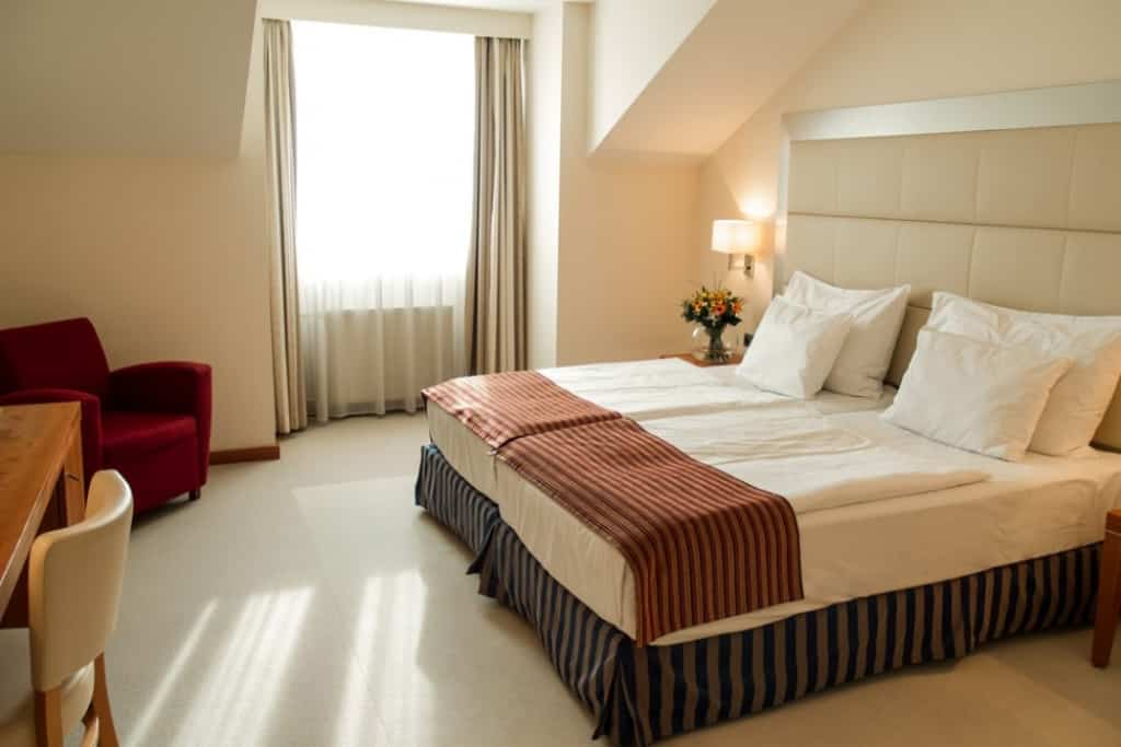 Stedentrip praag incl vlucht en 4 sterren hotel 89 euro for Design merrion hotel 4 praga