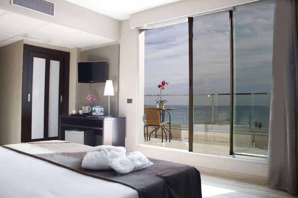 Hotelkamer van Hotel Front Maritim in Barcelona, Spanje