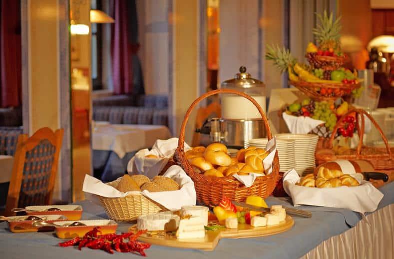 Ontbijt van Hotel Pongauerhof in Flachua, Oostenrijk
