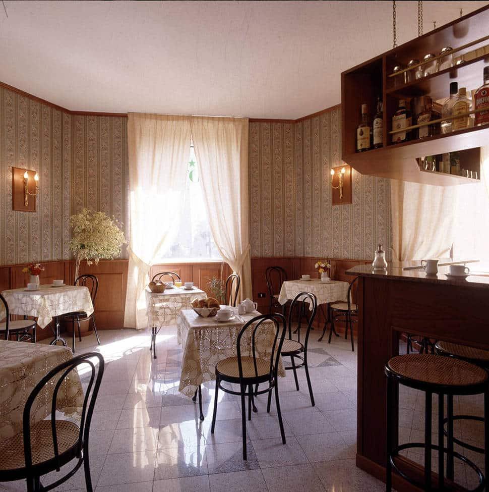 Ontbijtzaal van Hotel Fiori in Rome, Italië