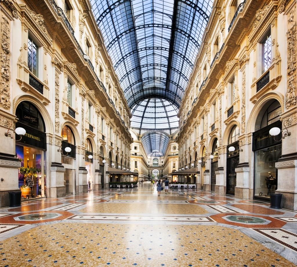 Winkelcentrum in Milaan, Italië