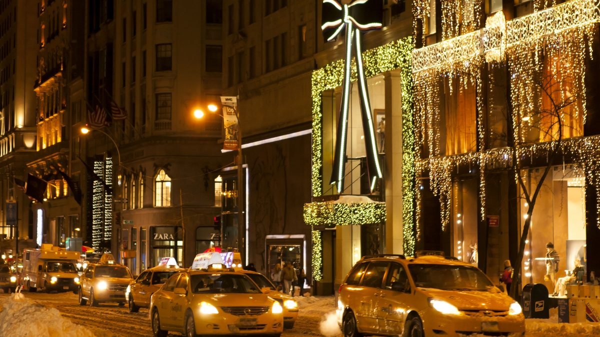 5th Avenue in Kerstmis sfeer in New York, Amerika