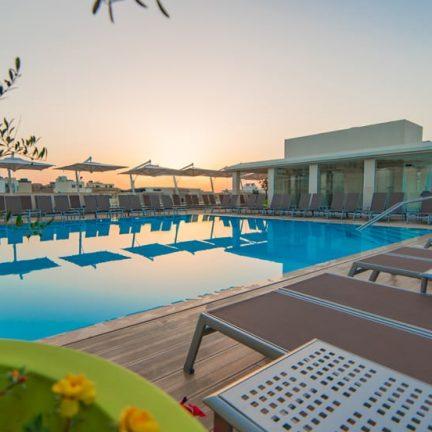 Zwembad van Hotel Maritim Antonine in Mellieħa, Malta
