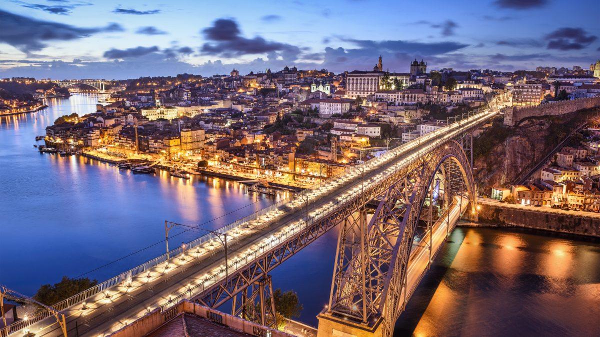Dom Luis I-brug in Porto, Portugal