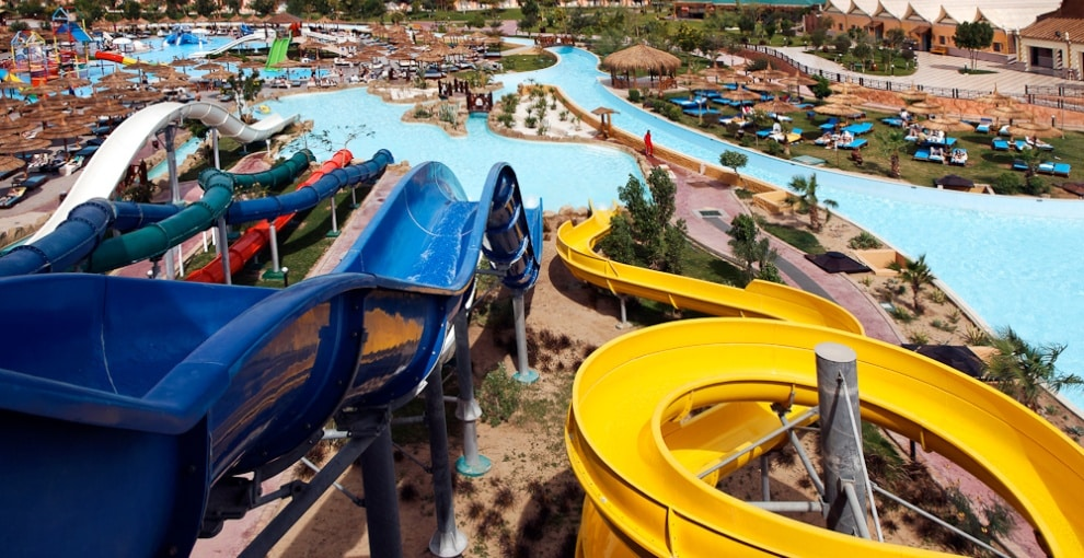 Glijbanen in Hotel Jungle Aqua Park in Hurghada, Egypte