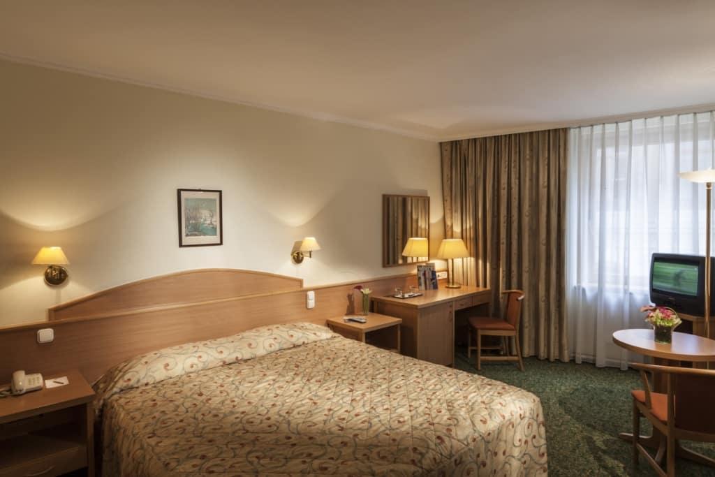 Hotelkamer van Hotel Erzsebet in Boedapest, Hongarije