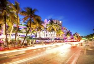 Full-Size huurauto in Miami, Florida