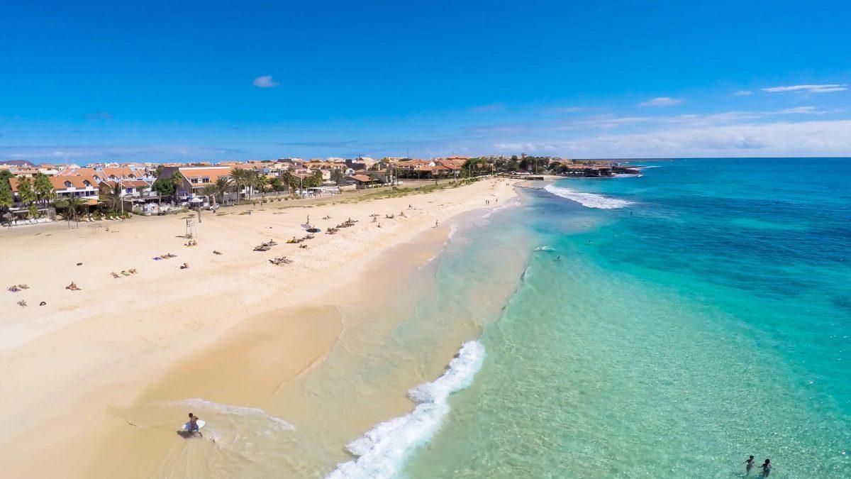 strand van santa maria sal kaapverdie