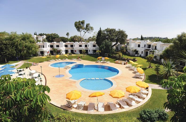 Zwembad van Club Albufeira in Albufeira, Portugal