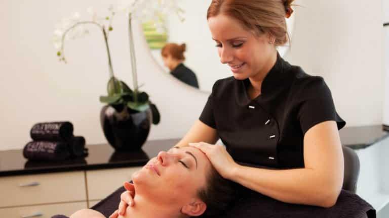 Hoofdmassage van Wellness Resort Elysium in Bleiswijk, Zuid-Holland