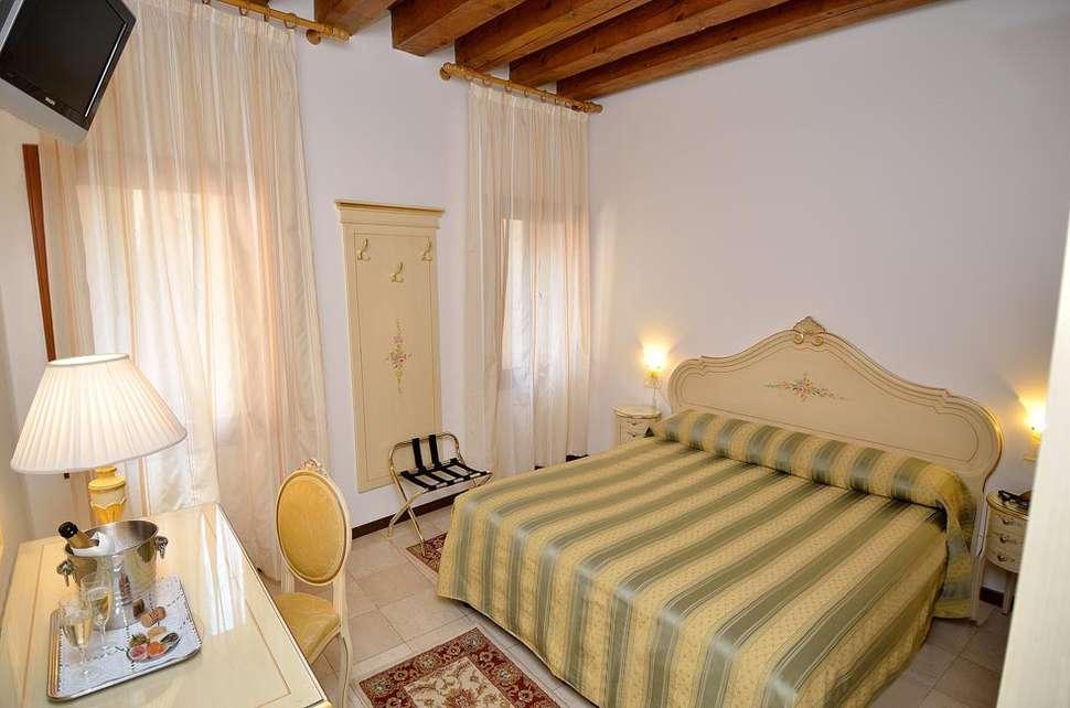 Hotelkamer van Orion Hotel in Venetië, Italië
