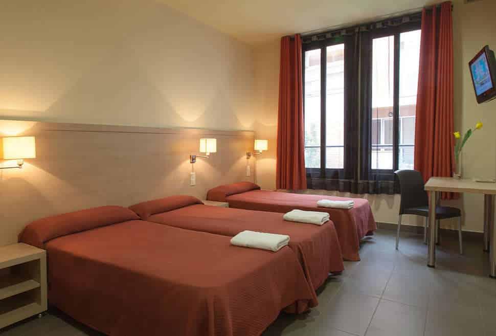 Hotelkamer van Residencia Erasmus Gracia in Barcelona, Spanje