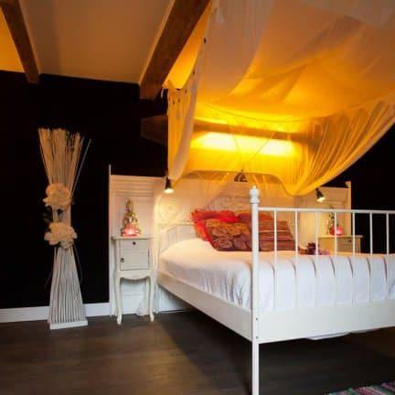 Hotelkamer van Wellness Boerderij in Egmond aan den Hoef, Noord-Holland