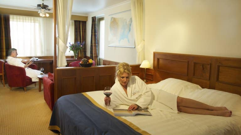 Hotelkamer van Wellness en Beauty de Woudfennen in Joure, Friesland