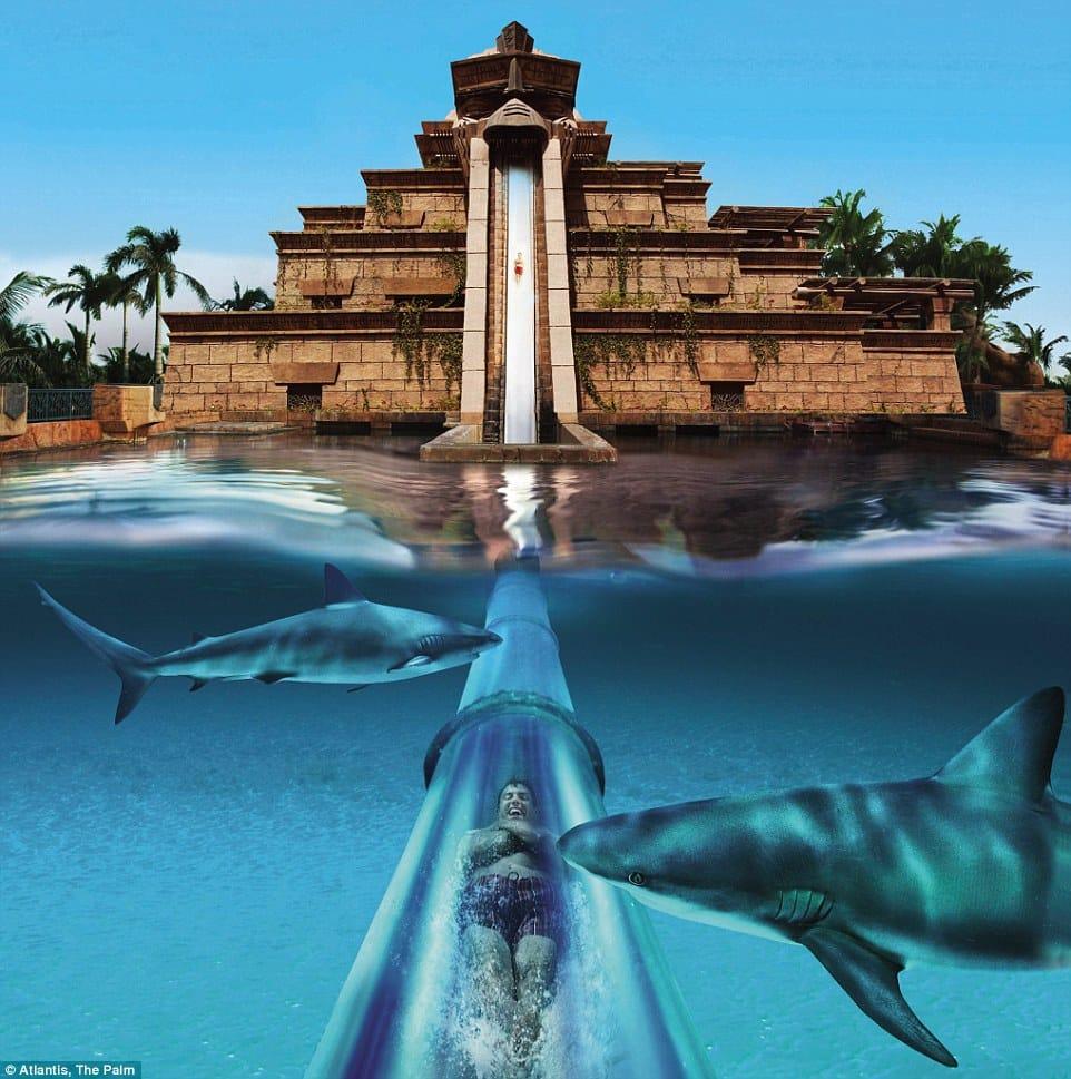 Glijbaan van Leap of Faith in Atlantis The Palm in Dubai, Verenigde Arabische Emiraten