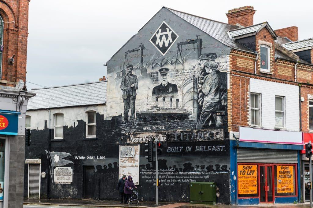 Mural op gebouw in Belfast, Noord-Ierland