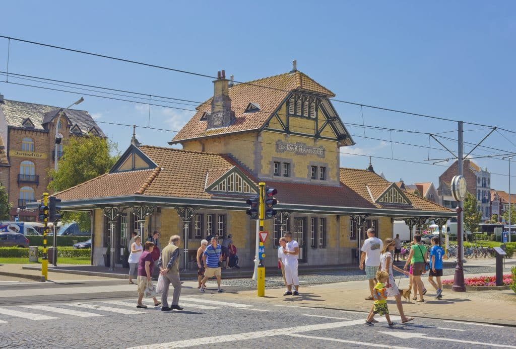 Oud tramstation in De Haan, België