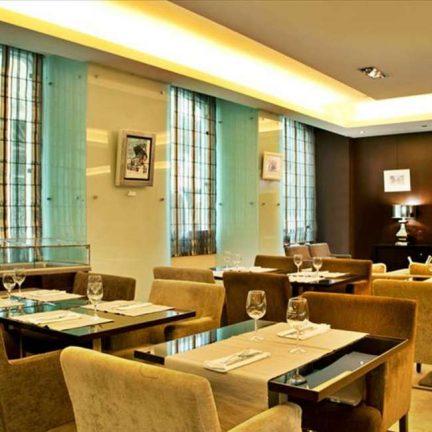Restaurant van Tirum Restauradores Hotel in Lissabon, Portugal