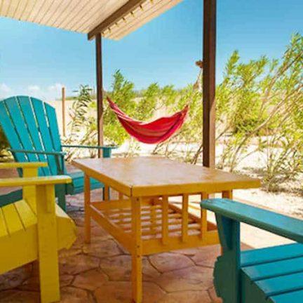 Terras van White Beach Appartementen in Bubali, Aruba