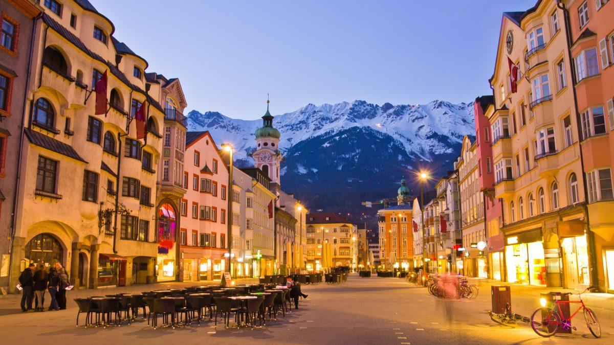Uitzicht op de bergen in Innsbruck, Oostenrijk