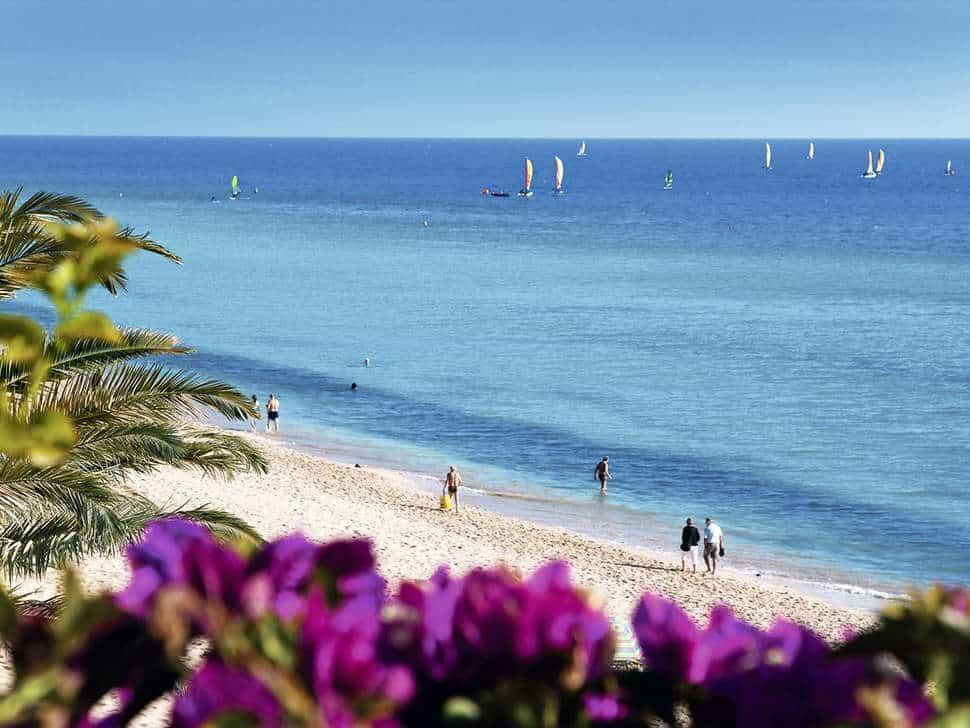 Zee en strand bij Relaxia Jandialuz resort in Morro Jable, Fuerteventura