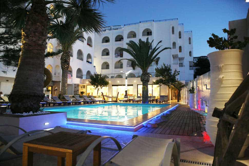 Zwembad van Glaros Beach Hotel in Chersonissos, Griekenland