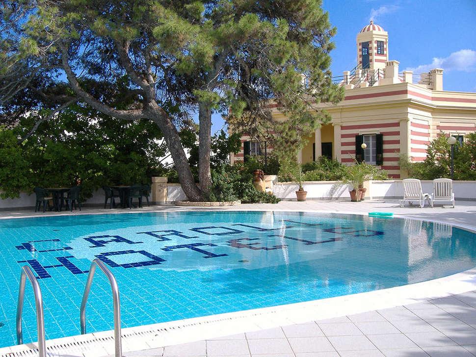 Zwembad van Hotel Terminal in Santa Maria di Leuca, Italië