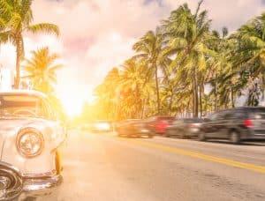 Auto's rijden in Florida, Verenigde Staten