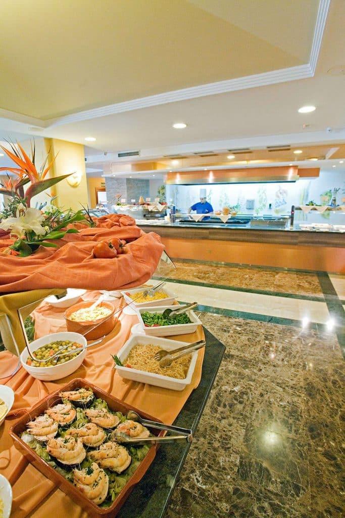 Buffetrestaurant van Hotel Perla Marina in Nerja, Costa del Sol, Spanje