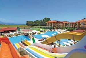 Glijbanen van Eftalia Village Resort in Alanya, Turkije