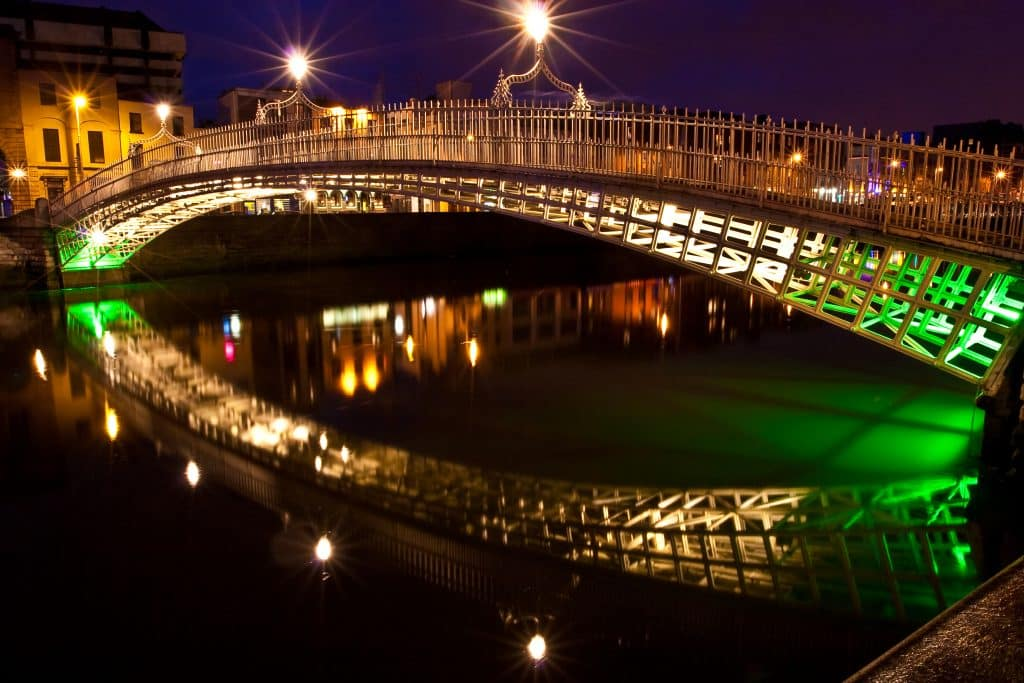 Ha'penny Bridge in Dublin, Ierland