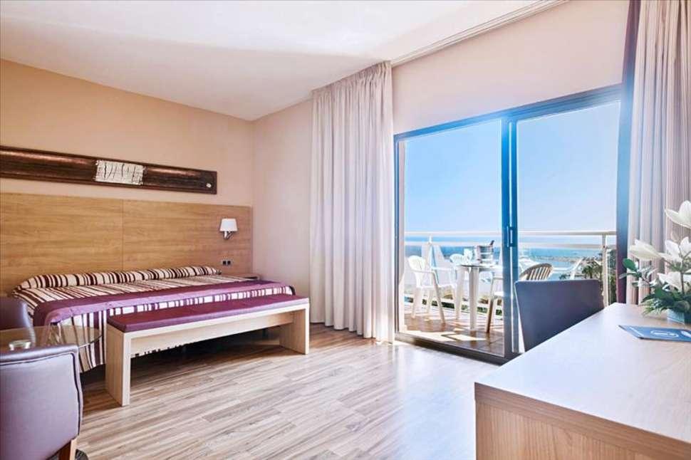 Hotelkamer van Best Hotels Triton in Benalmádena, Spanje