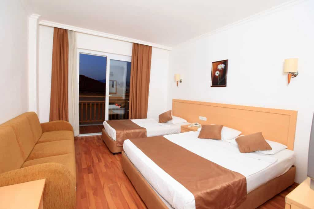 Hotelkamer van Eftalia Village Resort in Alanya, Turkije