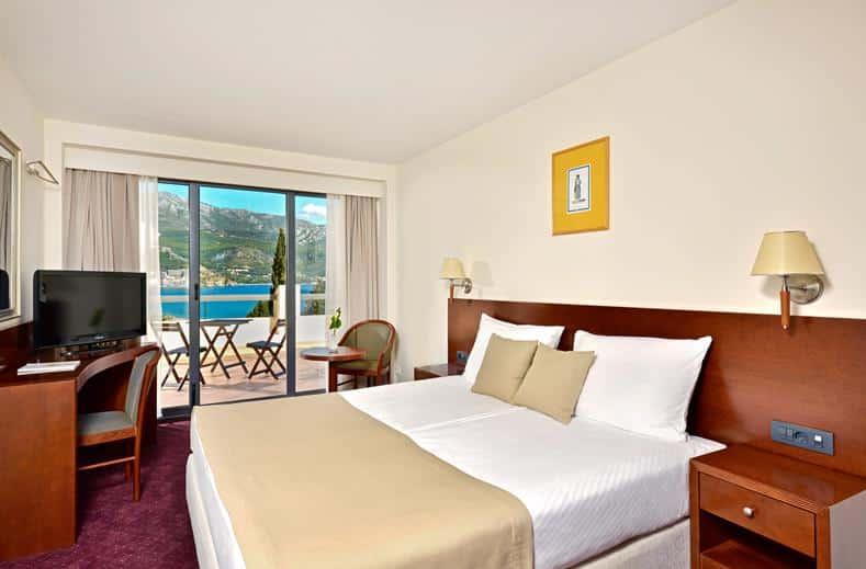 Hotelkamer van Iberostar Bellevue Hotel in Becici, Montenegro