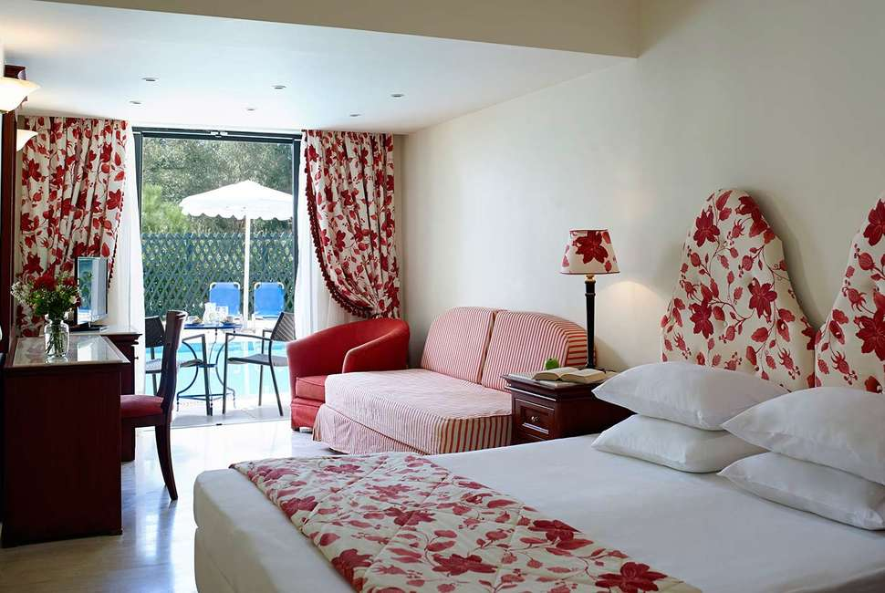 Hotelkamer van Mitsis Roda Beach Resort & Spa in Acharavi, Corfu