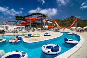 Lazy river en waterpark van SPLASHWORLD Sun Palace in Faliraki, Rhodos