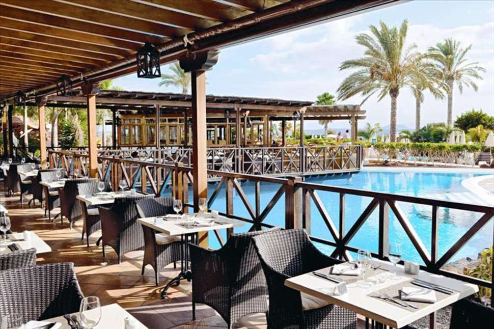 Restaurant van Gran Castillo Tagoro Hotel & Resort in Playa Blanca, Lanzarote