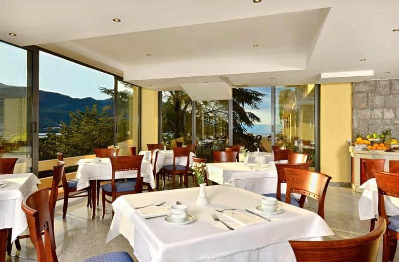 Restaurant van Iberostar Bellevue Hotel in Becici, Montenegro