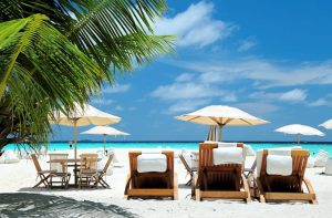 Strand van Robinson Club Maldives in Funamadua, Maledives